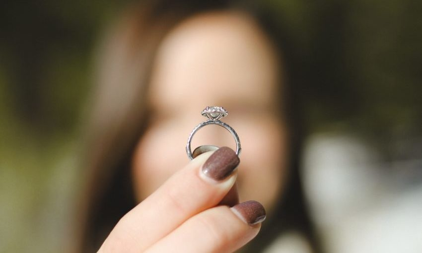What You Must Necessarily Know Before Purchasing an Engagement Ring?