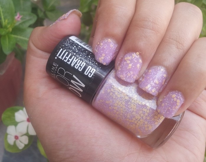 The Use of the Lavender Nail Polish: How and Why