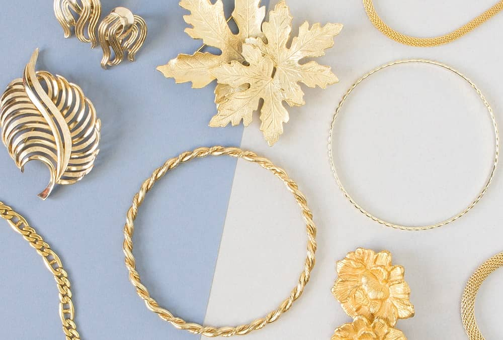 Why Is Everyone Talking About Collectible Jewelry?